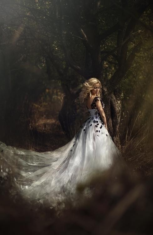 Anton Komar Photography (ig anton_komar) - Anna Mikhailovskaya - h Svetlana Simonenko - mua Elena Butmanova - dsg Katarina Protasevich - The Edge of Kingdom.jpg