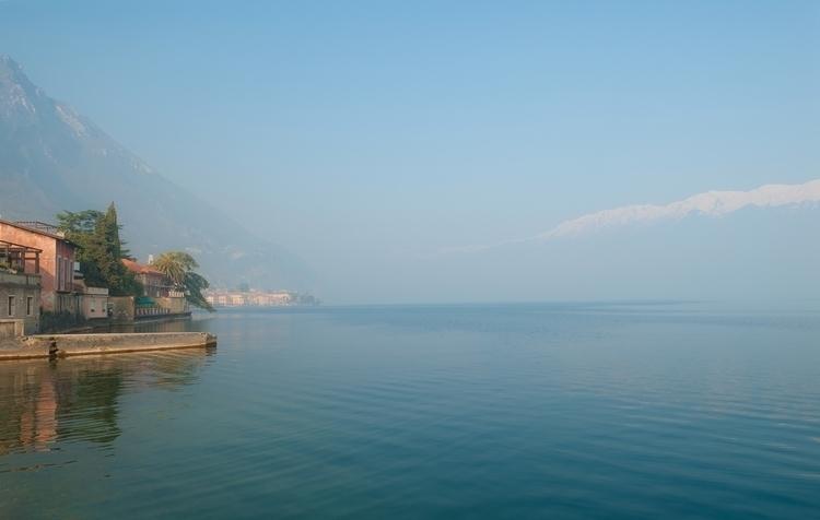 _DSC9655_dreaming-lake-Ello-web.jpg