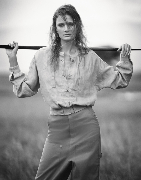 constance-jablonski-by-boo-george-for-porter-magazine-summer-2016-181.jpg