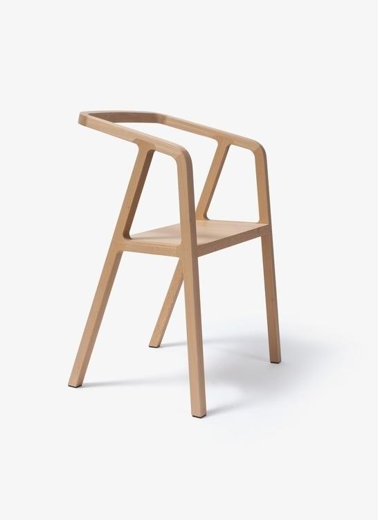 Thomas-Feichtner-A-Chair-02b