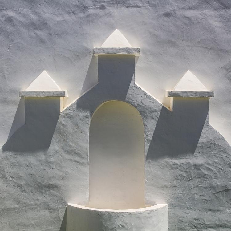 shadows lanzarote building mona - grove | ello
