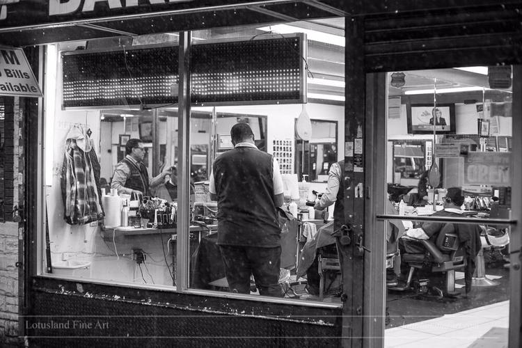 Barber Shop. 30 November 2017.  - wlotus | ello