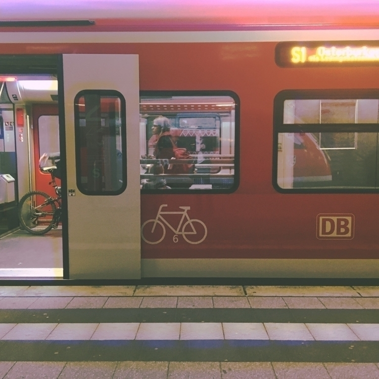iphonephotography db germany - treibgut | ello