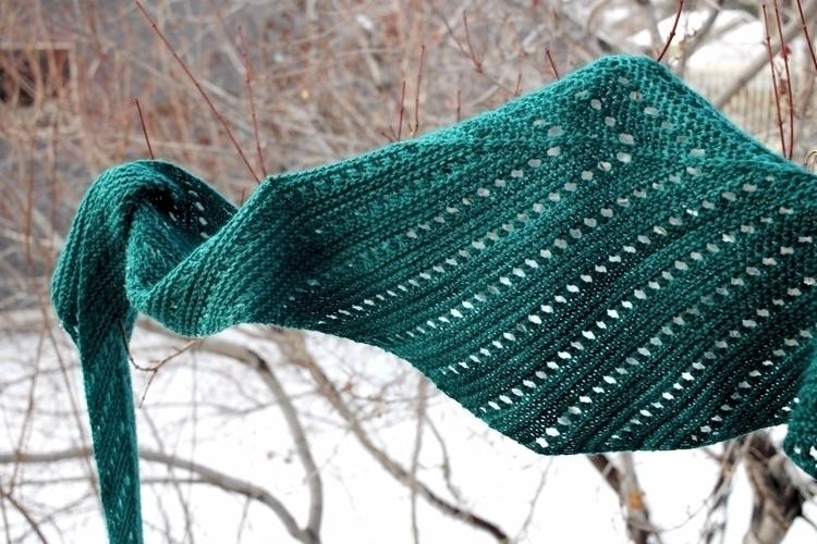 Details: knitting shawl textile - aprilklich   ello