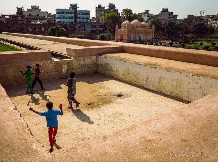 Children playing cricket ball L - vinceboisgard | ello