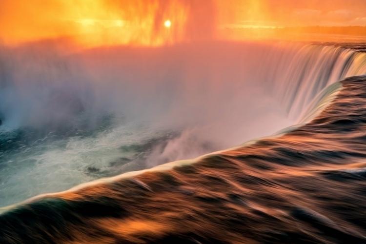 arrived Niagara Falls sun comin - profsean | ello