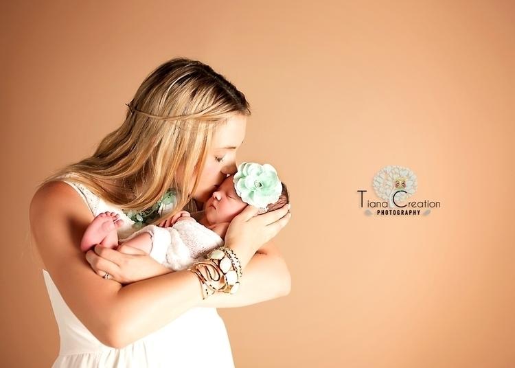 baby photo shoot Los Angeles, p - creationtiana | ello