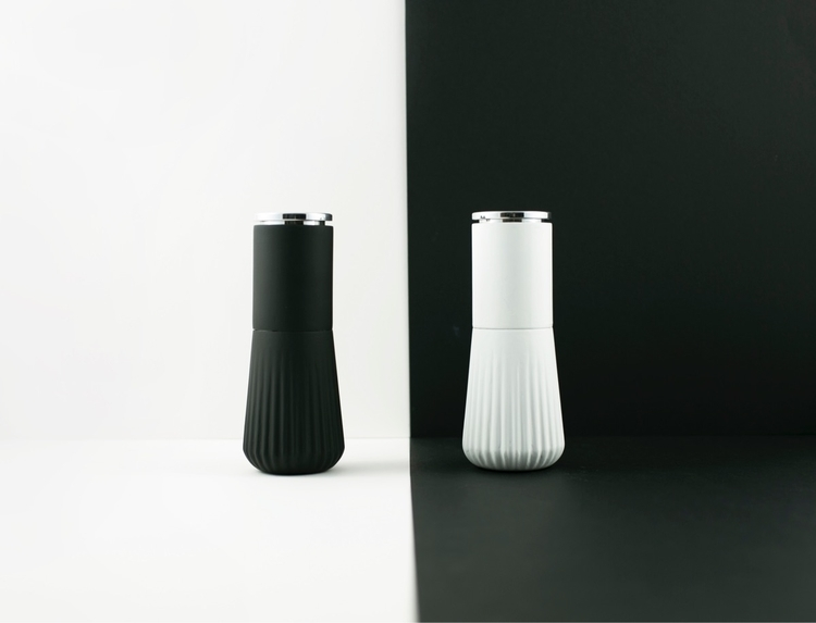 Salt Pepper Grinders product de - wonceco | ello