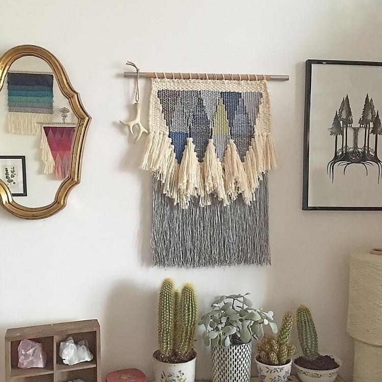 weaving handmade wovenwallhangi - only_a_paper_moon | ello
