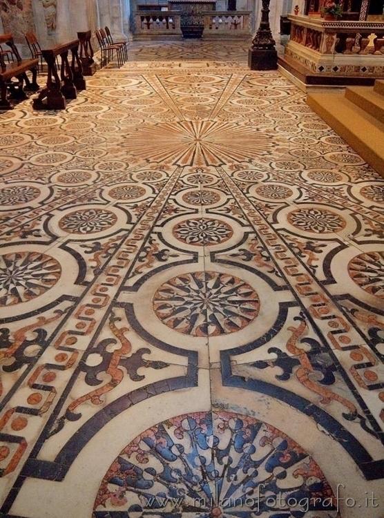 Milan (#Italy): Marble floor Ch - milanofotografo | ello