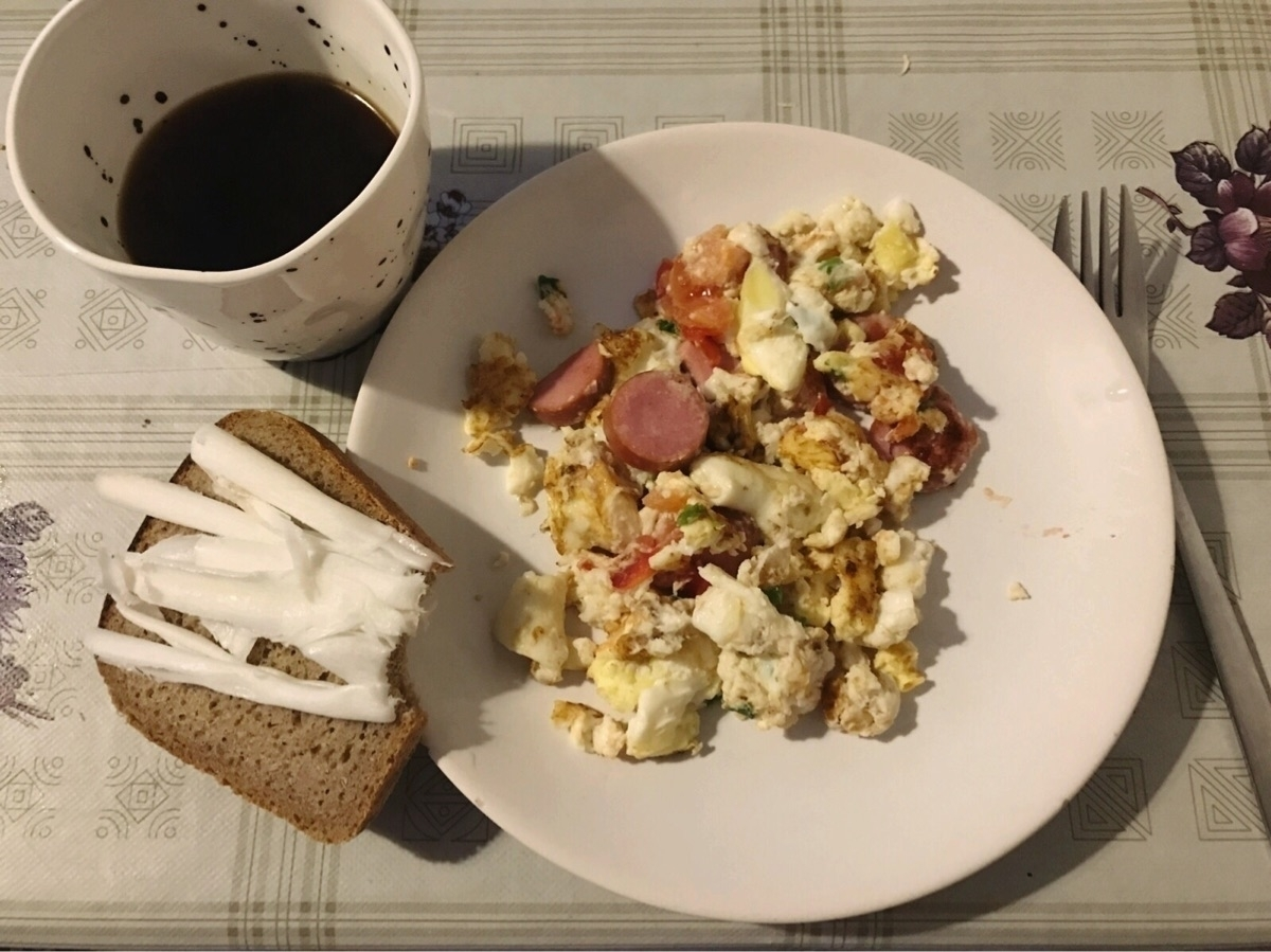 Pig fat breakfast. YEAH BABY. - kseniaanske | ello