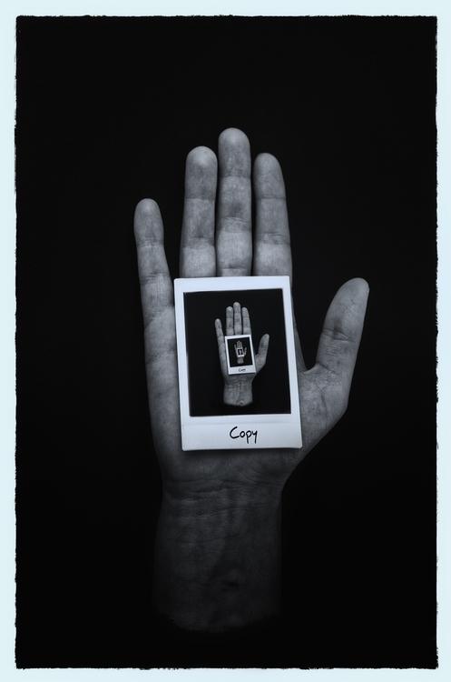 hand polaroid copy blackandwhit - baptistedeizarra | ello