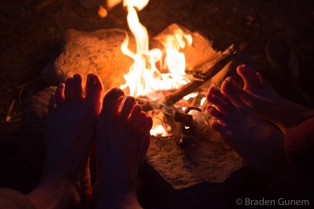 Toe warmer. campfire feet warmi - bradengunem | ello