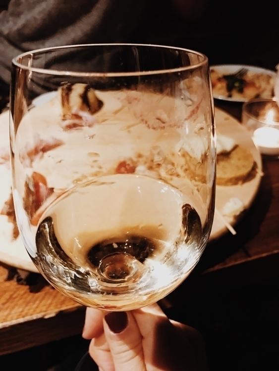 Wine & lipstick - gio_cat | ello