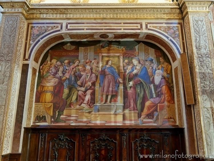 Saronno (#Varese, Italy): Fresc - milanofotografo | ello