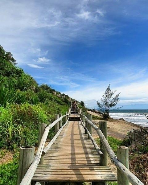 Praia Garopaba - Santa Catarina - marilsecnnedly | ello