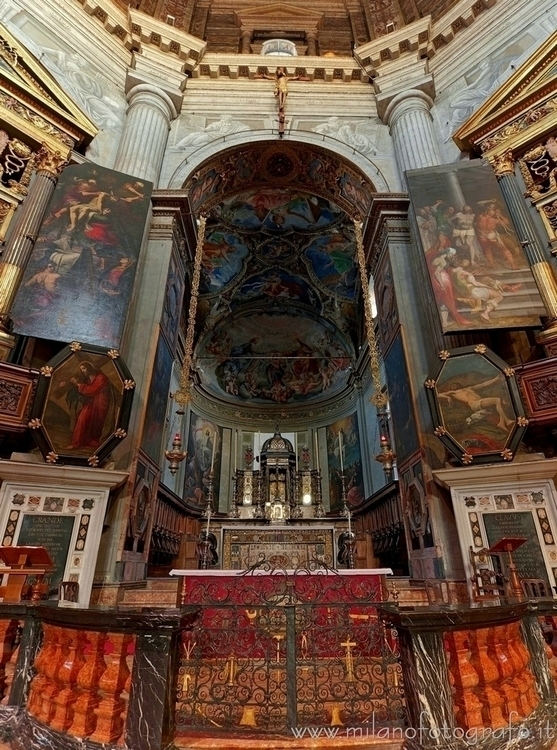 Milan (#Italy): Presbytery Chur - milanofotografo   ello