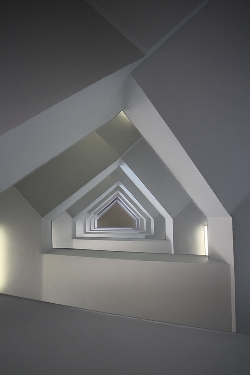 Geometry stairs - efimik | ello