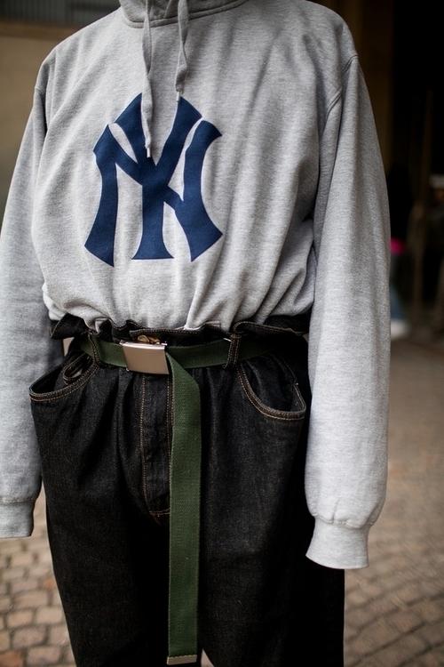 Street Style. Photo Kuba Dabrow - pjsmith   ello
