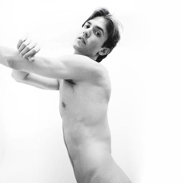 Eric Alessi photographed Adrian - adriangonzales | ello