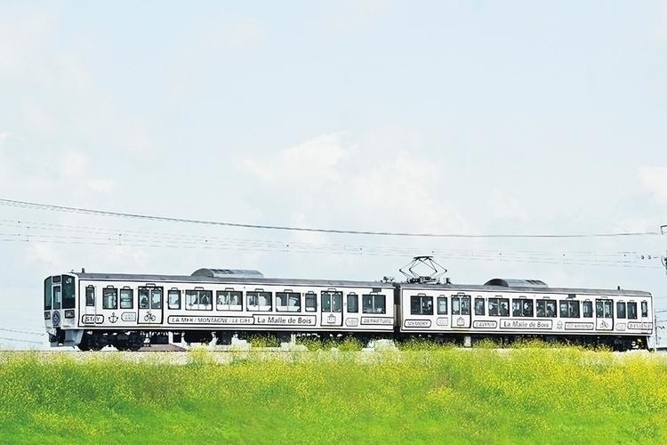 Brand identity West Japan Railw - northeast | ello