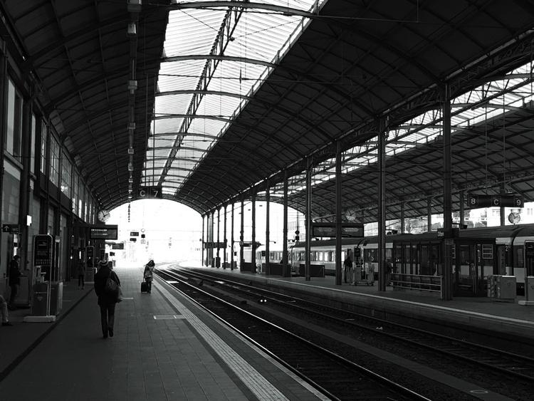 Railway station Olten, Switzerl - basler_bebbi | ello