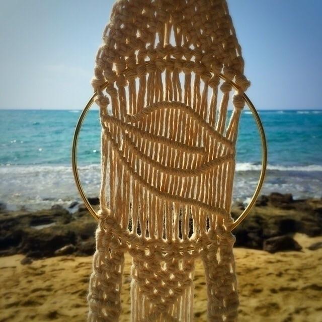 Daydreaming 🌊🌴🌺🍃 - hawaii, ocean - wovenhawaii | ello