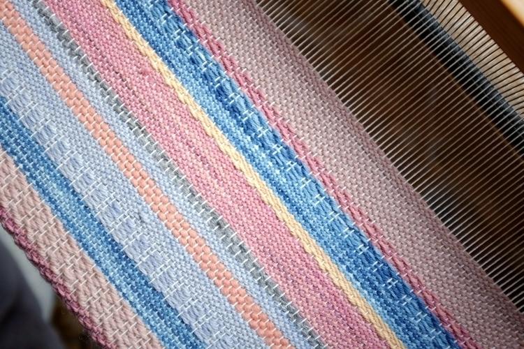 woven art, plant-dyed yarns - wovenjournals - aniagrzeszek   ello