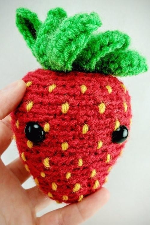 brought strawberry plant protec - miniaturemonkeycreations | ello