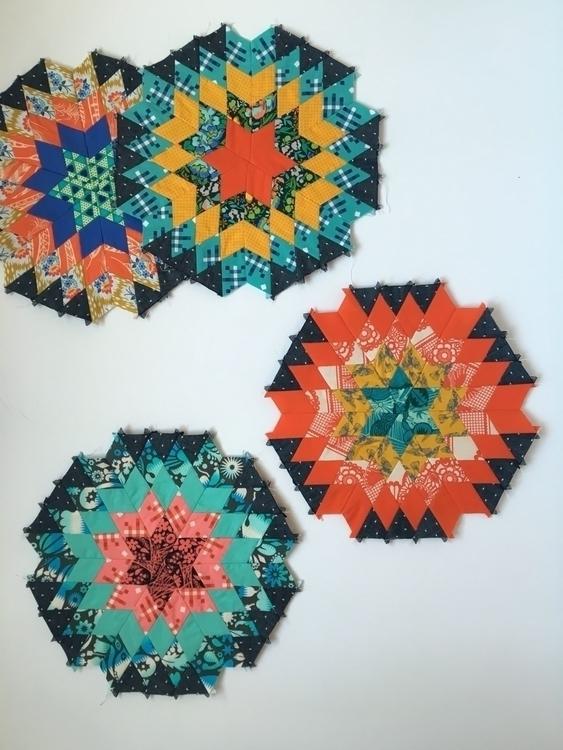 blocks Starburst quilt - quilting - kamiemurdock | ello