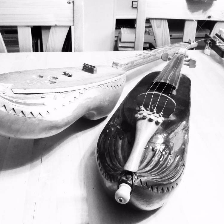 Norwegian teacher guitars clogs - estelleclarke | ello