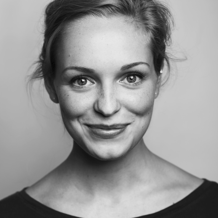 English actress Grace Stone, He - jimcofer | ello