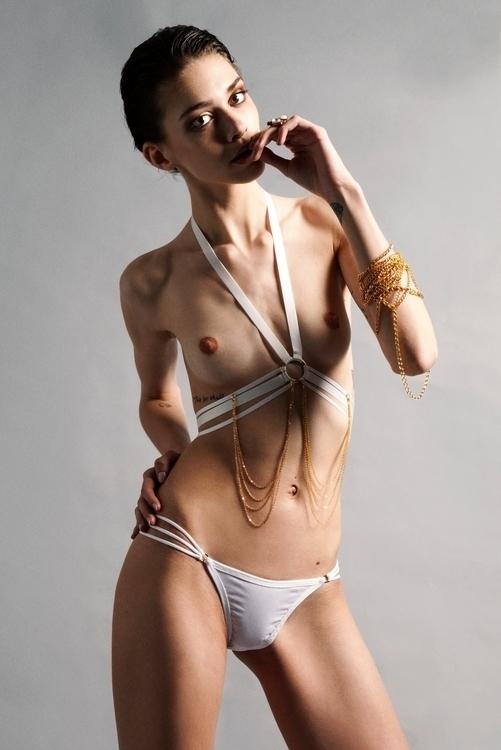 Photography Polly Hanrahan - fashion - fashionphotography | ello