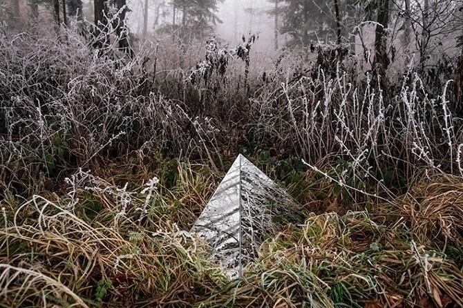 absent Mirror sculpture, photog - pearliefrisch | ello