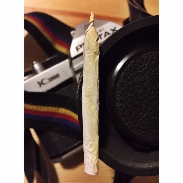 Portrait Pentax - marijuana, cannabis - jphoto_project | ello