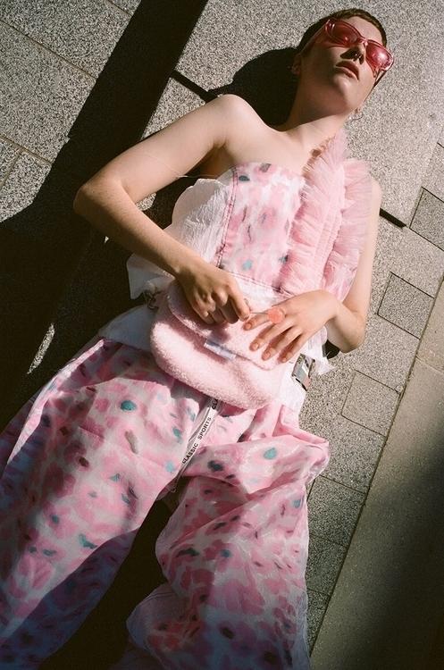 Lilneevy Editorial Pretty Paste - thecoolhour | ello