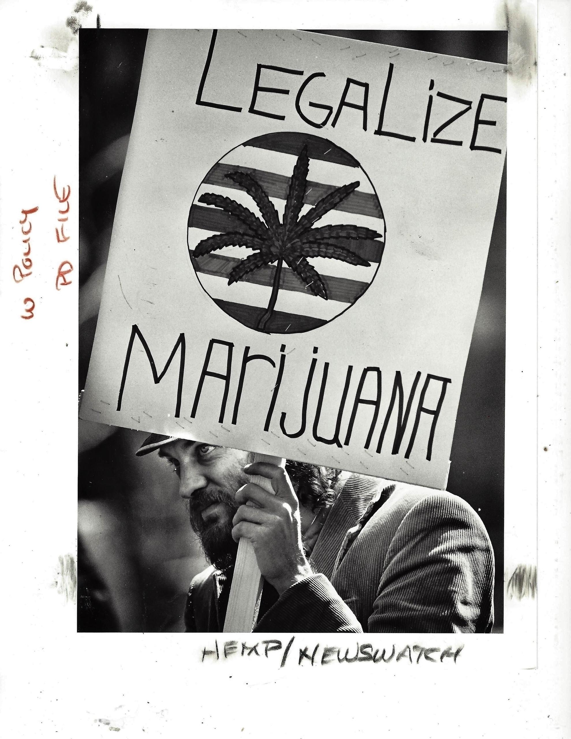 Vintage photo- collection Hatun - ellocannabis | ello