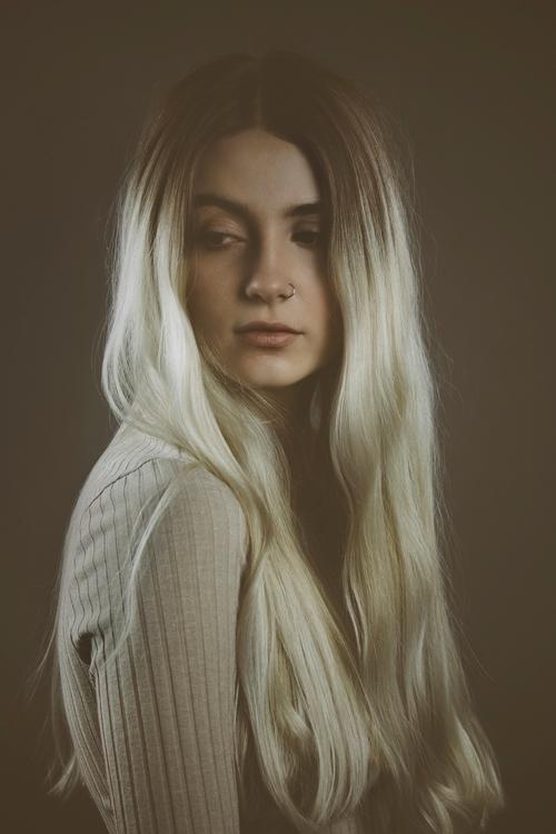 Maggie - fashion, fashionphotography - admmyr | ello