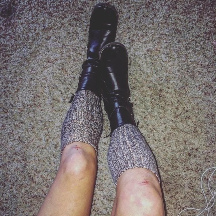 slices knees affectionately hol - flutter-collection | ello