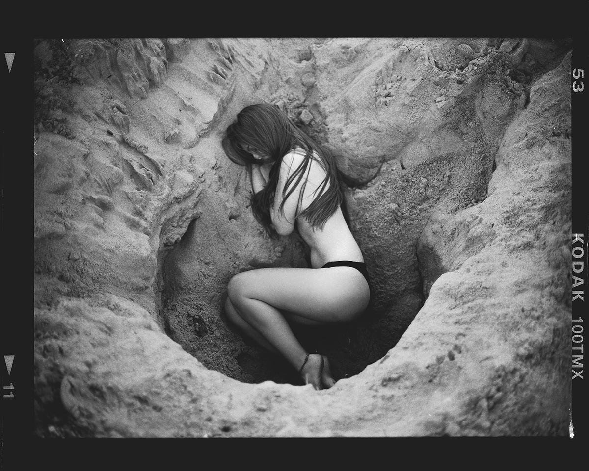 Months Model:Saraida - DarkBeauty - darkbeautymag | ello