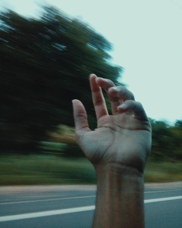 HAND IG - italo_dantass - photography - italo_   ello