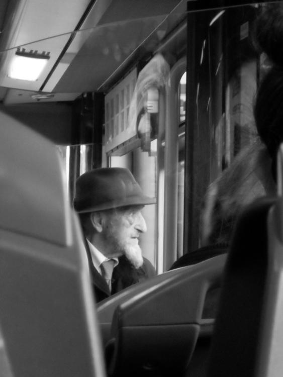 Watching world memories, Porto - snowfinch | ello