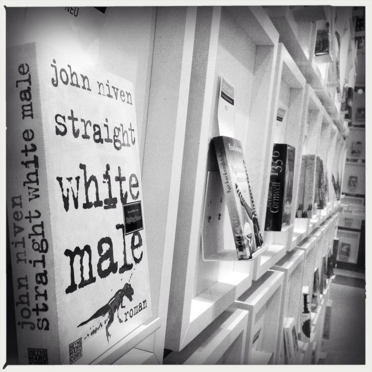 Bookshelf Germany - Monochrome, Mono - ring2 | ello