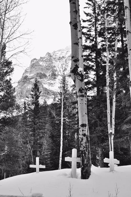 Set spirit free mountains Field - camwmclean | ello