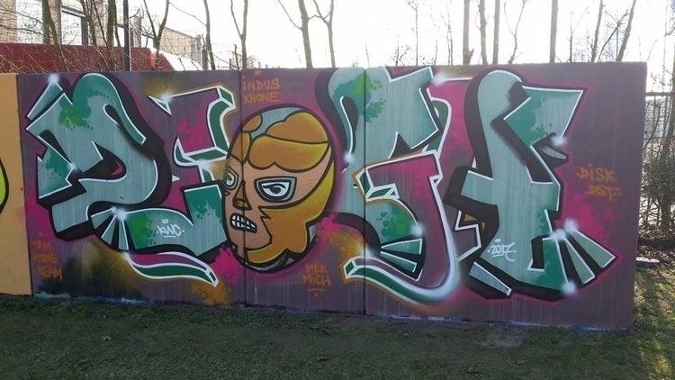 Lucha - graffiti, Golden, LuchaLibre - ztothea | ello