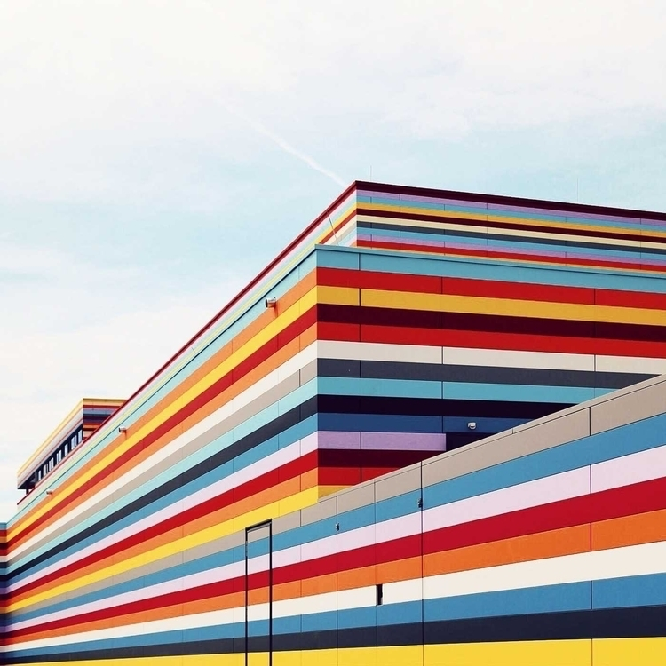 Vertical Lines Building Facades - photogrist | ello