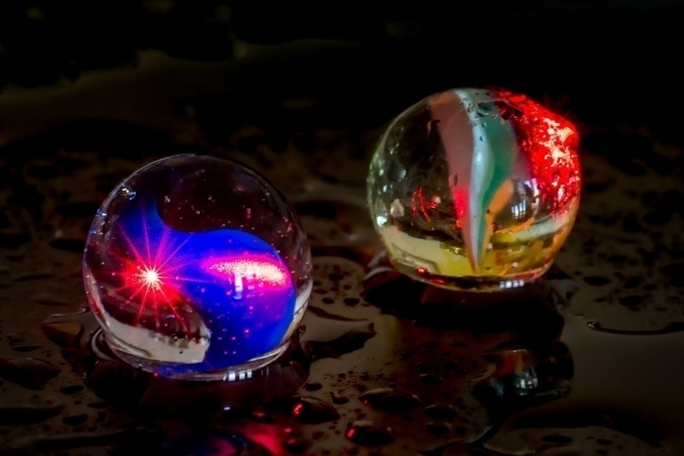 Binary - macro, lasers, marbles - doc | ello