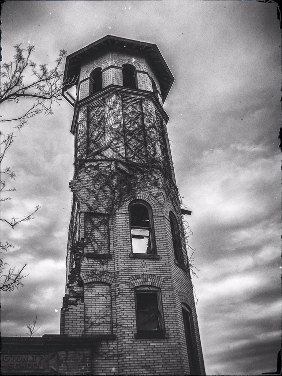 Abandoned School Tower. Photo K - scalzi | ello