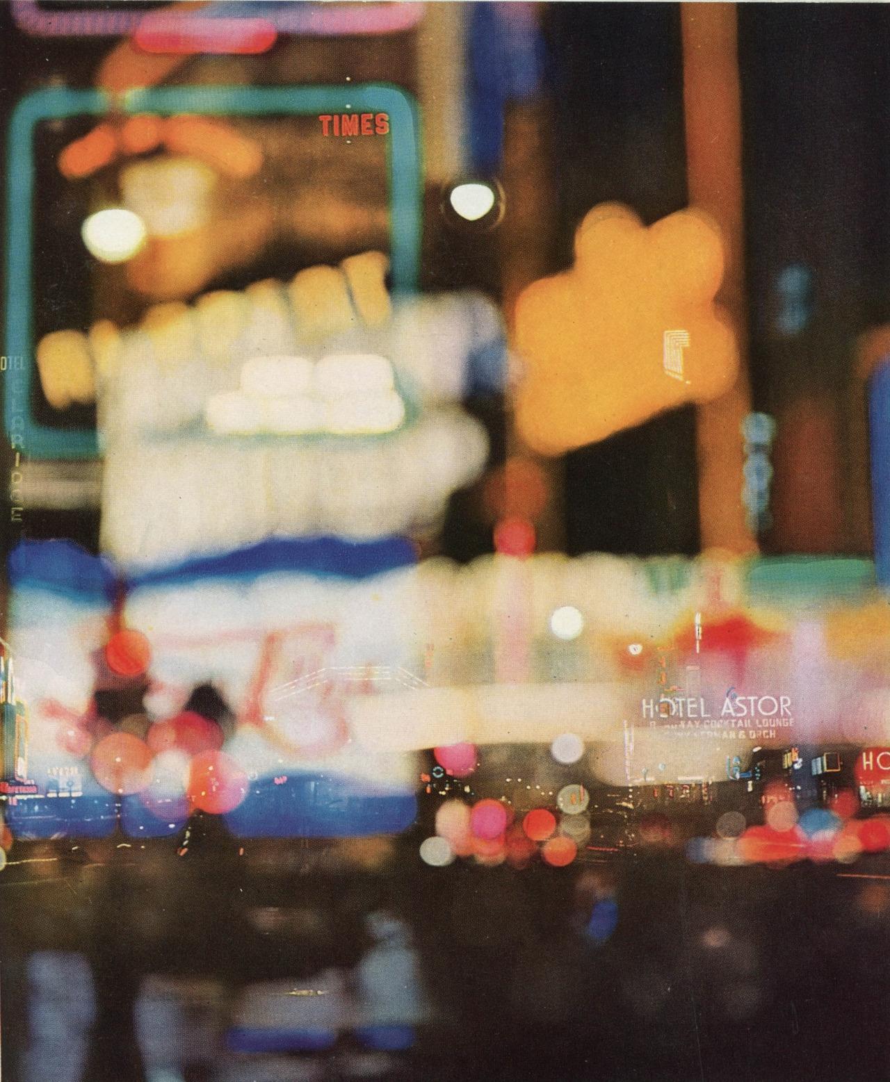 Erwin Blumenfeld: Times Square - arthurboehm | ello