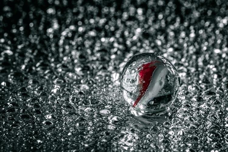 Silver Screen - marbles, macro, photography - doc | ello